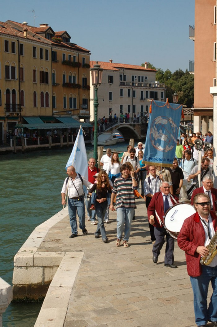 Cantata Regatta (Uomo en mare terra in vista), in association with Artwayofthinking, 2005.